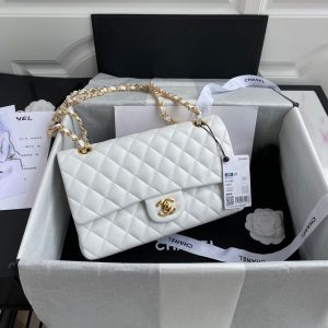 Chanel A01112 CF Quilted Classic Flap Bag in Grainy Lambskin